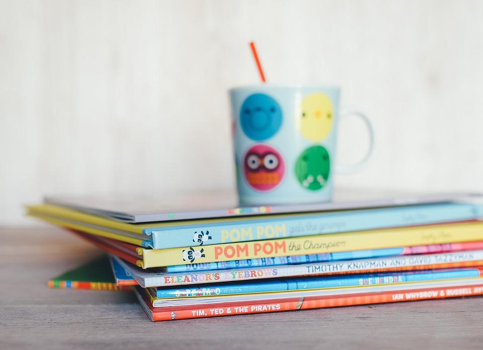 Tips Tarik Perhatian Anak untuk Membaca